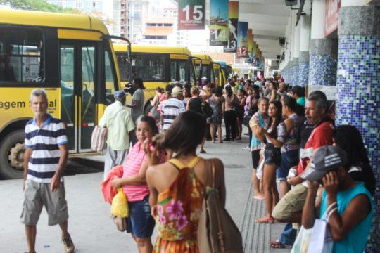 Os ônibus sairão da Rodoviária Roberto Silveira a cada 15 minutos (Foto: Silvana Rust)