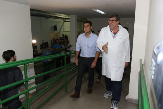 prefeito-rafael-diniz-visita-hospital-ferreira-machado-foto-de-carlos-grevi-1