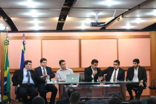 Rafael Diniz em primeira reunião na Prefeitura de Campos (Foto: Carlos Grevi)