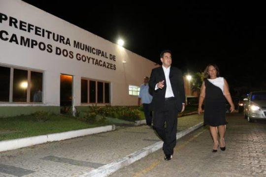 Rafael Diniz e Conceição na Prefeitura de Campos (Foto: Carlos Grevi)