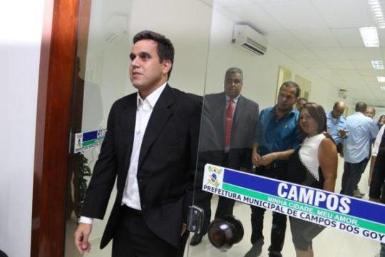 Rafael Diniz na Prefeitura de Campos (Foto: Carlos Grevi)