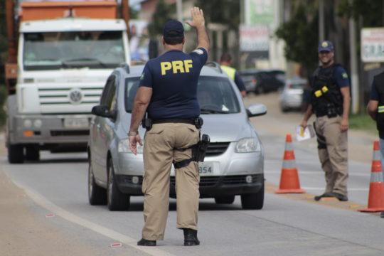prf-policia-rodoviaria-federal-na-br-356-silvana-rust-12