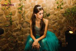 Leticia Maria em foto de 15 anos por Ariane Costa.