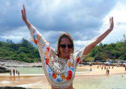 Carla Boroto curtindo as praias do Espírito Santo