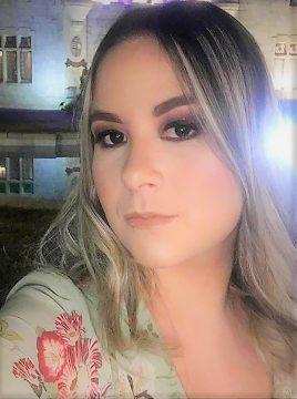 Nova geração bonita: Laura Bastos.