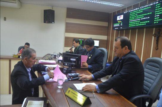 Aprovação aconteceu durante a sessão desta quarta (Foto: Ascom)