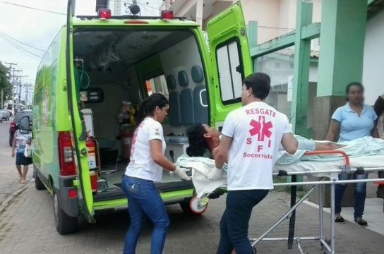Vítima foi transferida para o Hospital Ferreira Machado (Foto: V Notícia)