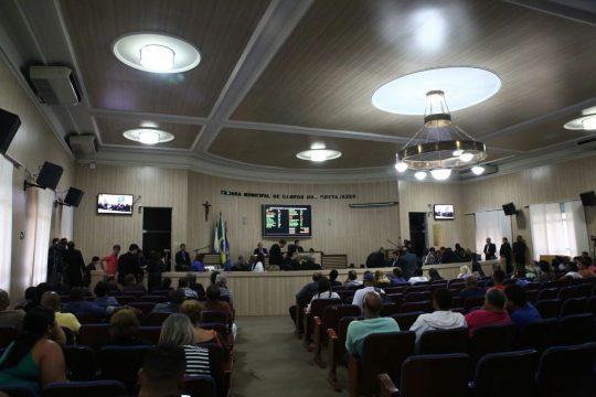 Sessão na Câmara de Vereadores nesta terça-feira (Foto: Carlos Grevi)