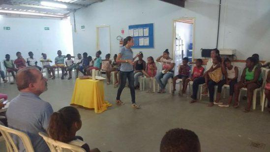 Equipe multidisciplinar atua no Centro Juvenil (Foto: Divulgação)