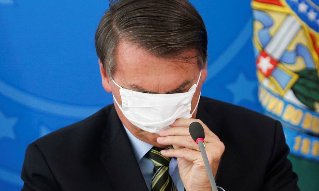 Bolsonaro arrisca mandato ao contestar distanciamento social e ...