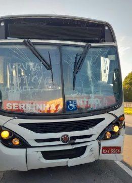 Moradores de Serrinha reclamam da falta de transporte