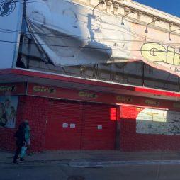 Loja Giro encerra as atividades no Centro de Campos